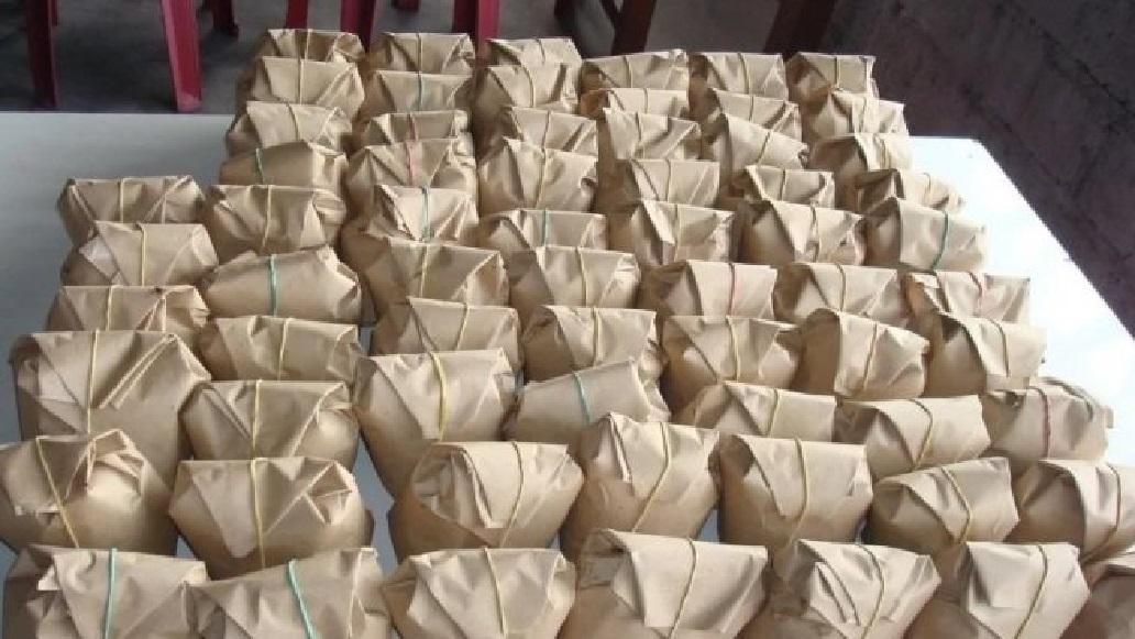 paket nasi bungkus